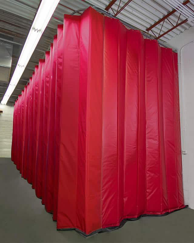 lightly-insulated-curtain-amcraft-manfacturing-full